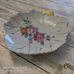 Vintage Small Maple Leaf Shape Floral Trinket Dish